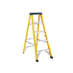 ABRU Werner 71605 5 step (4 useable) 1.4m fibre glass stepladder