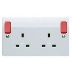 MK K2746D1WHI 2 Gang 13 Amp Switched Socket with Red Rockers