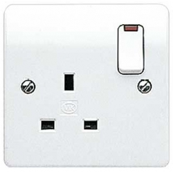 MK K2657WHI Logic Plus 1 Gang 13 Amp White Switched Socket with Neon
