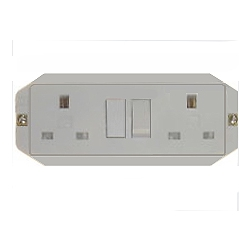 MK 2532WHI 13a 2 Gang Panel Mounted switched socket